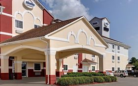 Suburban Extended Stay Laplace Louisiana