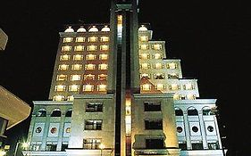 3 Night Surf Plaza Hotel Qingdao