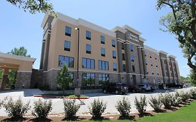Hampton Inn And Suites Dallas Market Center