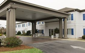 Holiday Inn Express Sneads Ferry North Carolina