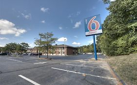 Motel 6 Branford Ct