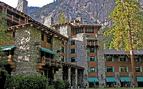 Yosemite Ahwahnee Lodge