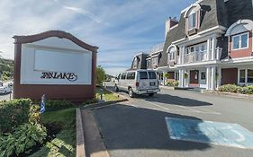 Inn On The Lake, Ascend Hotel Collection Fall River 4* Canada