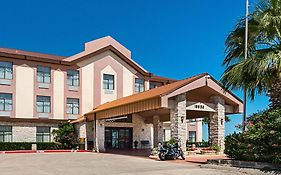 Quality Inn And Suites Buda