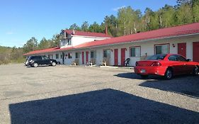Richard Lake Motel Sudbury On