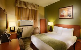 Hotel q Queens Ny