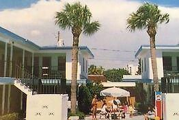 Royal Canadian Motel Clearwater Beach