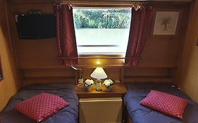 Hotel Barge Beatrice