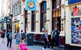 Flying Pig Hostel Amsterdam