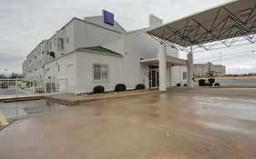 Motel 6 Denison Tx