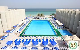 Beach Hotel Sharjah 3