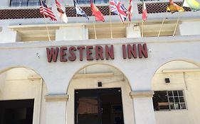 Old Town Western Inn And Suites