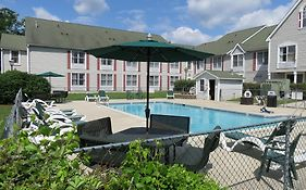 Country Inn by Carlson Millville