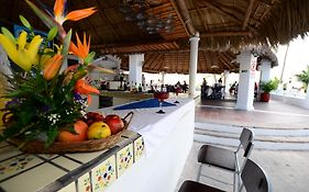 Dolphin Cove Inn Manzanillo