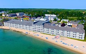 Hamilton Inn Mackinaw City