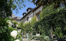 La Cour Sainte Catherine Bed And Breakfast