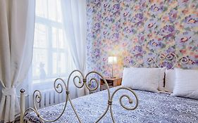 White Nights Apartment Saint Petersburg