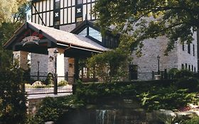 Old Mill Inn And Spa Toronto