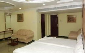 Shri Perumal Inn Pondicherry