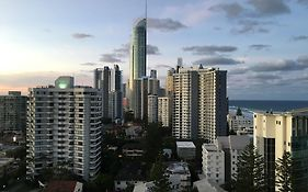 Surfers Paradise Holiday Apartment