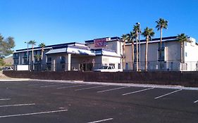Goodnite Inn And Suites Bullhead City