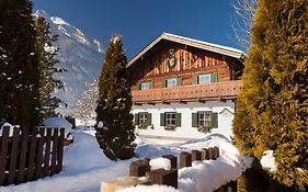 Holidaysun, Chalet Foresthouse, Detached Villa, Panorama Sauna, 1000 Qm Garden, Mountainview, Whirlpool, Sledges, Bbq&Bikes&Sunbeds For Free photos Exterior