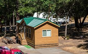 Russian River Camping Resort Cottage 7