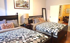 Large 1 Bedroom Chinatown Apartment New York United States