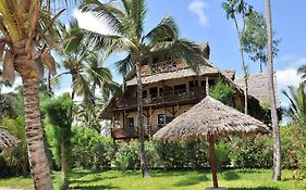 Palumboreef Beach Resort 3*