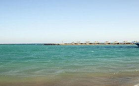 Coral Beach Rotana Resort 4