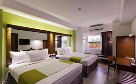 Microtel Eastwood
