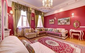 Apartment Central Saint Petersburg