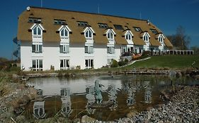 Alago Hotel am See Cambs