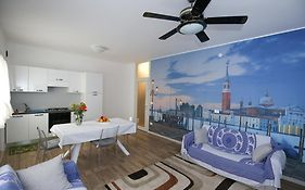 Venice Lofts Apartments