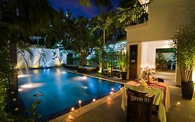 La Rose Suites Phnom Penh
