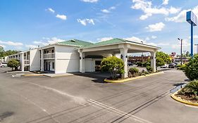 Motel 6 Waycross Ga