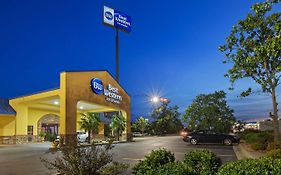 Best Western Inn & Suites Byron