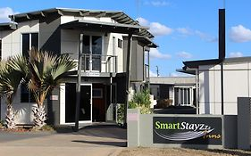Smart Stayzzz Inns Clermont Qld