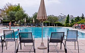 Castellaro Golf Resort 4*