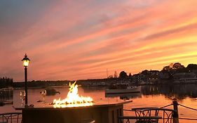 Boothbay Harbor Inn Maine