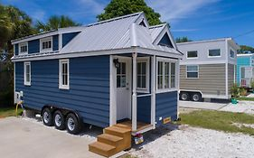 Tiny House Siesta 2*