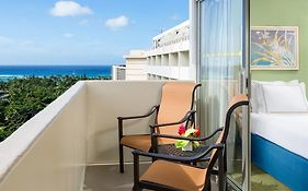 Ambassador Hotel Waikiki Reviews