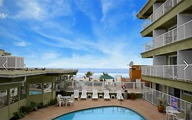 Surfer Beach Hotel San Diego Reviews