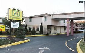 Express Inn Farmingdale Nj