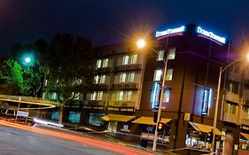 Quality Hotel Downtowner on Lygon Melbourne