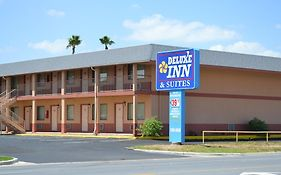 Deluxe Inn And Suites Weslaco Tx