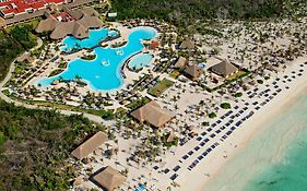 Grand Palladium White Sand Resort