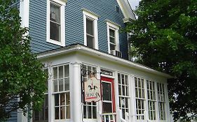 The Colonel's in Bed And Breakfast Fredericton
