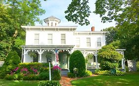 Quintessential Bed And Breakfast Long Island