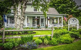 Trellis House Bed And Breakfast